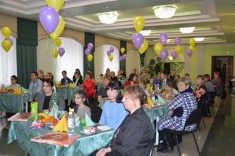 Встреча главы городского округа с семьями в преддверии Дня матери_1