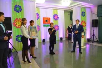 Встреча главы городского округа с семьями в преддверии Дня матери_2